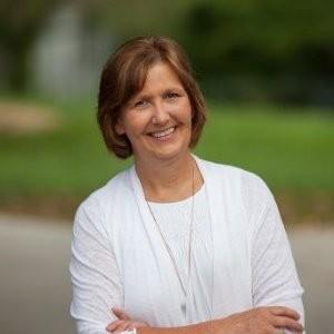 HEALTHMONIX CEO  |  LAUREN PATRICK